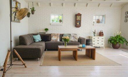 Skal du bygge om i stuen? Brug sofaen som det centrale punkt