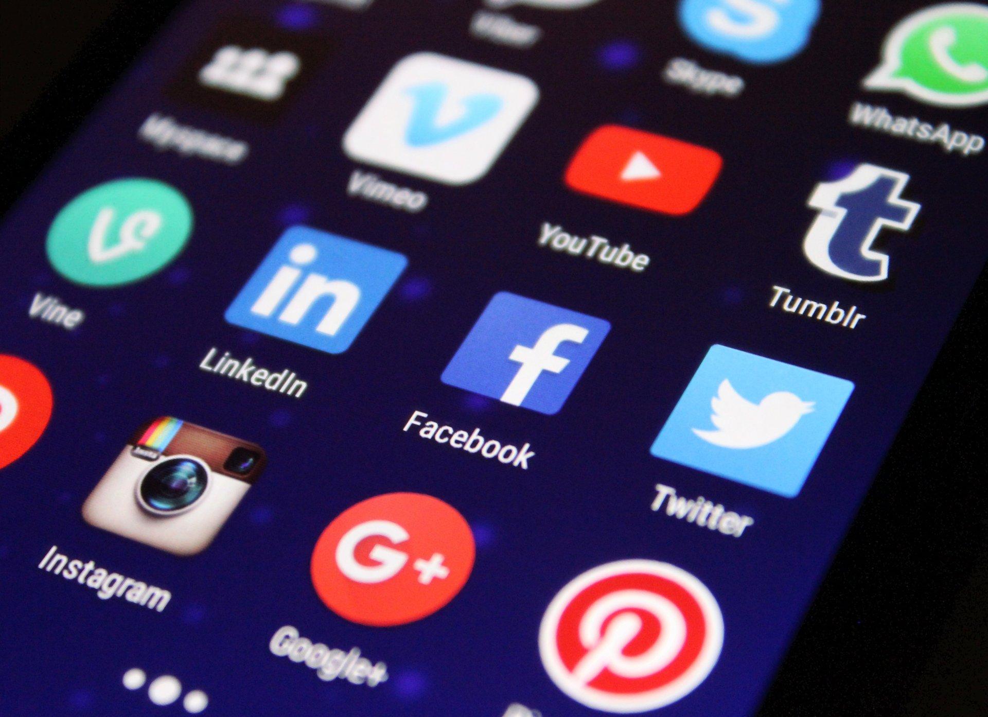 sociale medier symboler