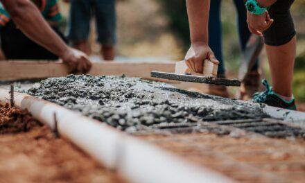Byg selv, hvis du vil bygge til lavpris